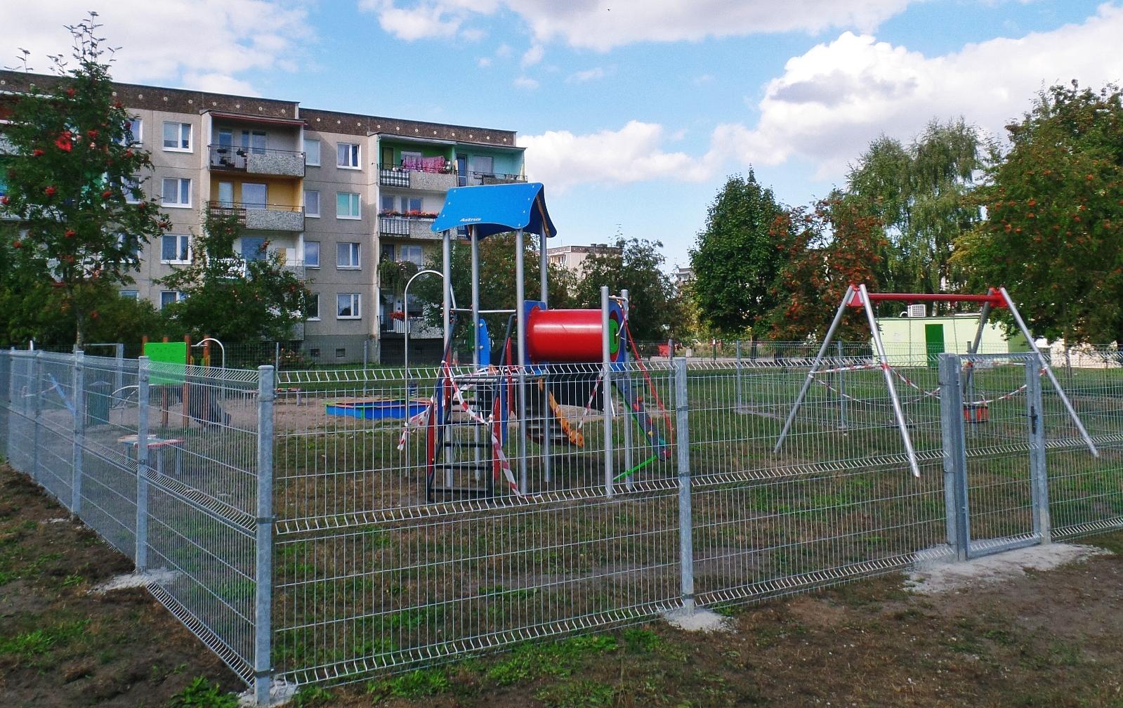 Plac zabaw na Osiedlu Olimpijczyków
